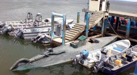 """Španielska polícia zadržala """"drogovú ponorku"""" pri pobreží Galície"""
