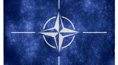NATO našlo svoj piaty elemement – vesmír