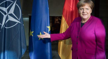 Mozgová smrť? Nemecko trvá na potrebe NATO a zvýši výdavky na obranu