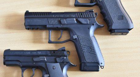 Policajti dokončujú prezbrojenie, ktoré začal Kaliňák