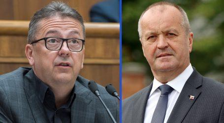 NKÚ: Glváč prebral a Gajdoš nechal chátrať byty za milióny eur