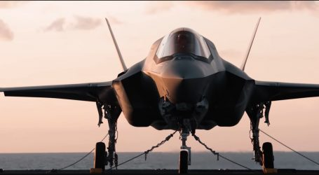 VIDEO: Britské námorníctvo predstavuje svoje najdrahšie stíhačky F‑35B s kolmým štartom