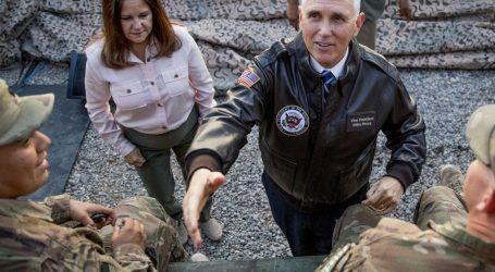 Americký viceprezident v Iraku chlácholil Kurdov a rozdával moriaka