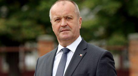 Minister Gajdoš verí, že generál Balciar má miliónové majetky legálne