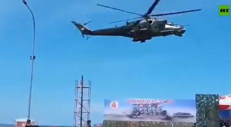 Silvestrovské správy: Ako helikoptéra prevetrala vojakov