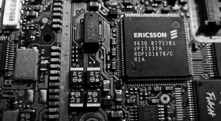 Ericsson za korupciu zaplatí pokutu jednu miliardu dolárov