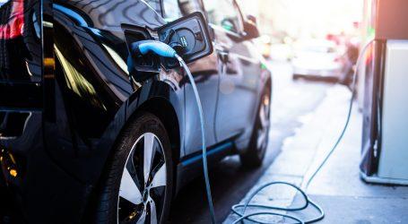 Ministerstvo hospodárstva ani na druhý pokus nespustilo dotácie na elektromobily