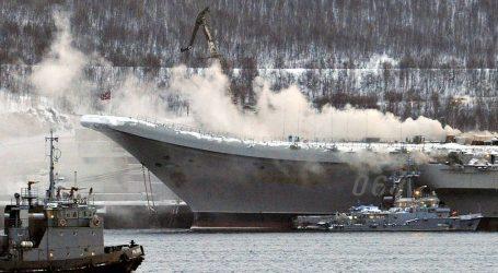 Požiar na ruskej lietadlovej lodi si vyžiadal jednu obeť, ďalší námorník je nezvestný