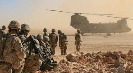 Američania presuvajú vojakov a lietadlá na Cyprus