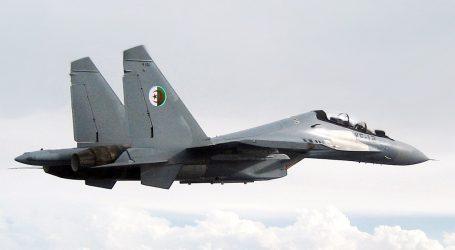 Alžírsko: Obaja piloti zahynuli pri páde stíhačky
