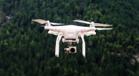 Vláda USA stiahla čínske drony vo svojej flotile. Boja sa špehovania