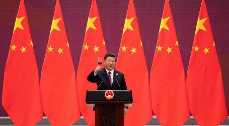Diplomat podľahol lákaniu Číny. Vyšetrujú ho pre špionáž