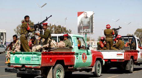 V Jemene Iránom podporovaní húsijovia zaútočili na mešitu. Viac ako 70 mŕtvych