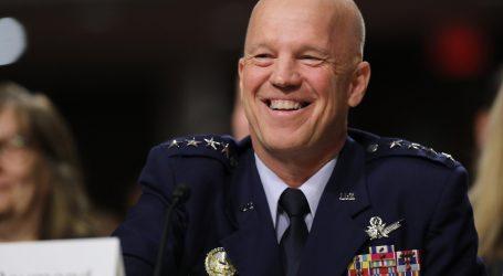 Prvým vesmírnym veliteľom sa stal generál John Raymond