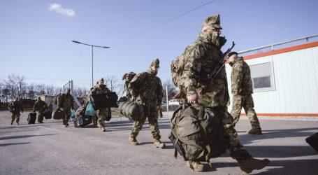 Maďarsko na južné hranice posiela viac vojakov