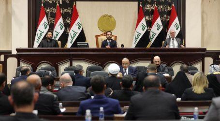 Irak je ešte viac rozdelený. Parlament požiadal o odchod všetky cudzie vojská