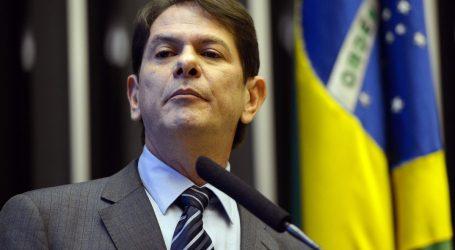 V Brazílii pri štrajku vojenskí policajti strelili senátora do hrude