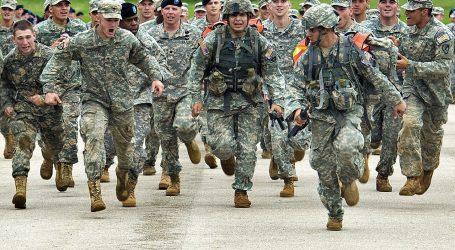 Pentagon priznal zranenia až 109 amerických vojakov pri raketovom útoku Iránu