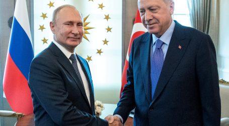 Turecko malo zálusk na kus Sýrie, no Rusko ho silou vytláča