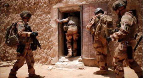 """Francúzsko """"neutralizovalo"""" 50 džihádistov pri operácii v Mali"""