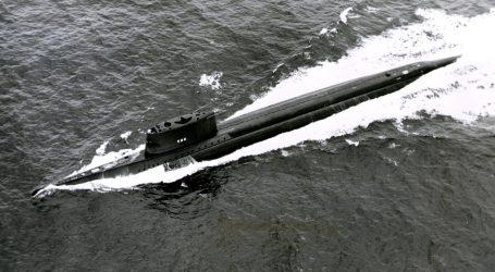 Cesta okolo sveta za 84 dní pod vodou. Pred 60. rokmi ponorka oboplávala Zem