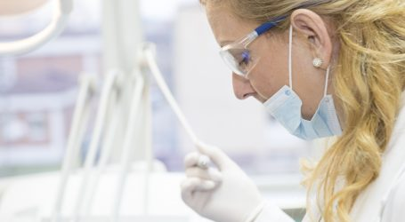 Je Slovensko pripravené na koronavírus? Chýbajú sestry a rúška