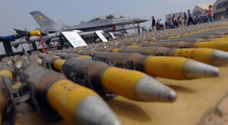 Najväčším vývozcom zbraní sú USA. Rusko napriek poklesu je druhé