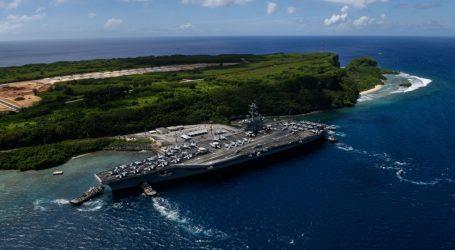 USA: COVID-19 potvrdili u najmenej 840 námorníkov z lode USS Theodore Roosevelt