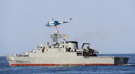 Iránske námorníctvo zasiahlo počas cvičenia vlastné plavidlo