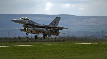 Na výcviku na stíhačky F‑16 v USA je 6 pilotov, ďalších 4 vyšlú tento rok