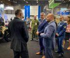 Minister obrany podporil slovenských vystavovateľov na medzinárodnom veľtrhu IDET